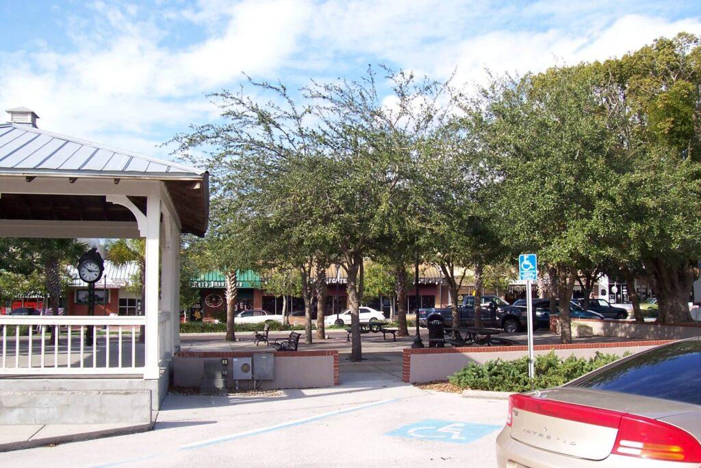 Zephyrhills FL-Mid-Florida Metal Roof Contractors of Lakeland